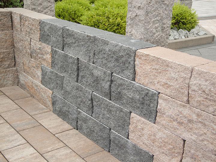 Arkstone 30 Muschelkalk (links), Anthrazit nuanciert (mitte) und Kupfer (rechts)