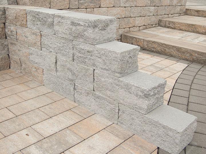 Arkstone 40 Muschelkalk (links) und Platin (rechts)